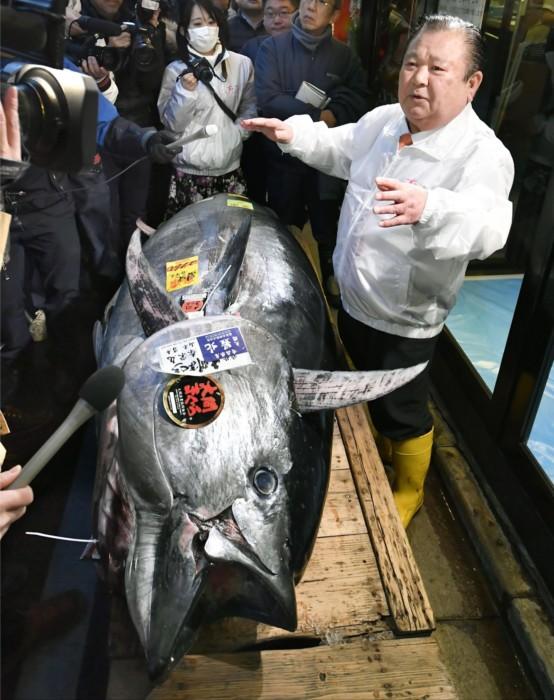 &nbspTuna fish umabot ng ¥193.2 million ang halaga sa New Year auction sa Tokyo