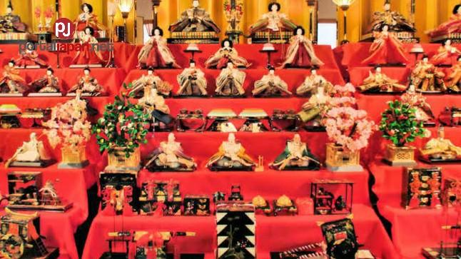 &nbspHot spring resort nag-display ng mga Girls Festival Dolls